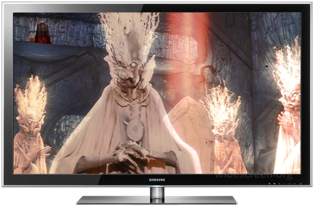 'The Dark Crystal' improperly shown on a 16:9 TV